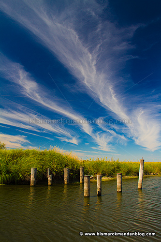 pilings_clouds_27590