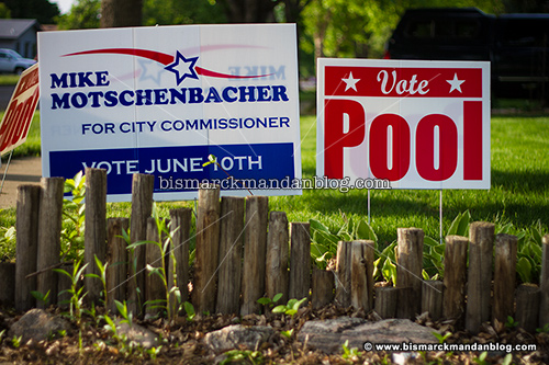 campaign_signs_29463